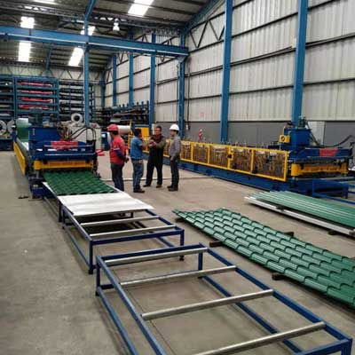 Guatemalan customer -Roof Tile Roll Forming Machine