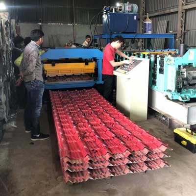 Indian customer -Roof Tile Roll Forming Machine
